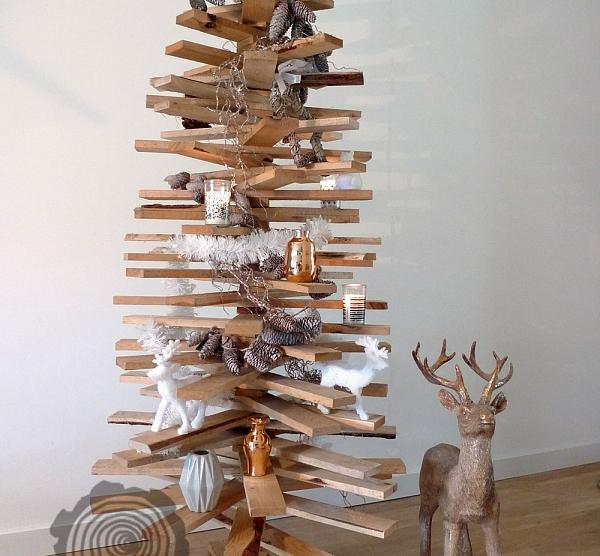 Houten kerstboom - Kerstweblog.nl